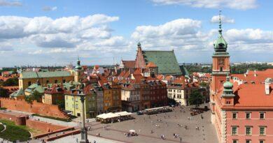 Warszawa pomaga innym miastom